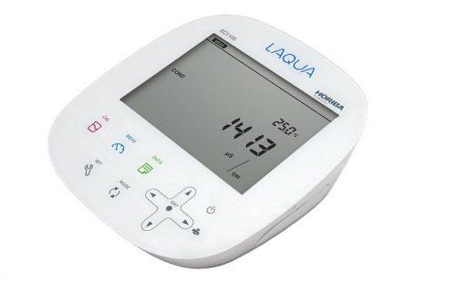 Máy đo đa chỉ tiêu để bàn EC1100